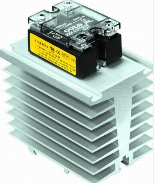 Single Phase SSR With Heatsink